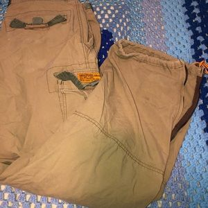 Abercrombie & Fitch cargo paratroops pants